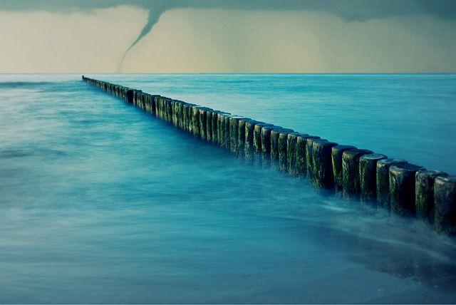 sea-737869_640_rust na tornado.jpg