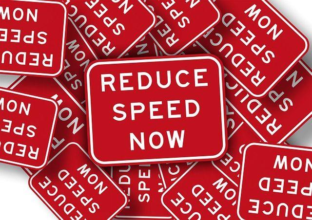 note-415143_640_snelheid verminderen.jpg